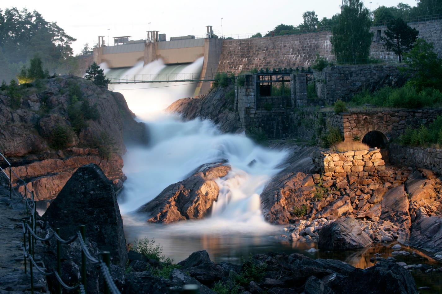 Visit Trollhättan Vänersborg: Wild waterways and peaceful lake lands - Scan Magazine