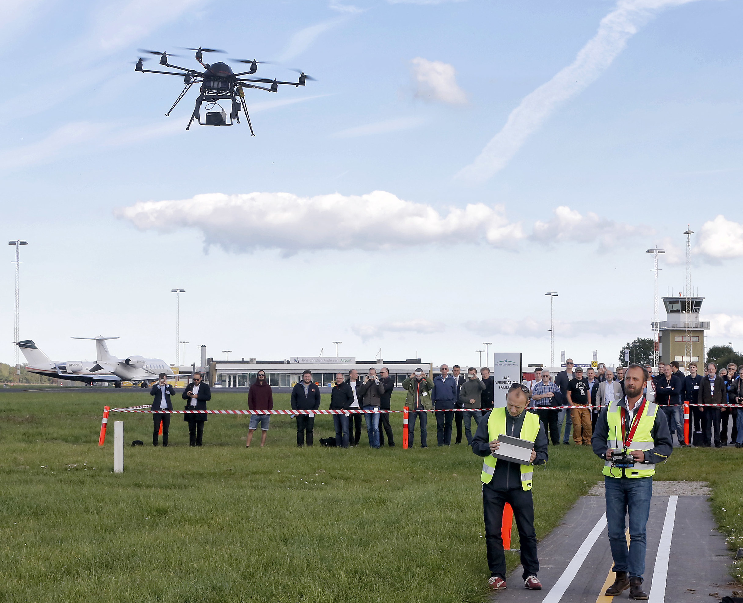 Droneflyvning i H.C Andersen Airport. arkiv 362