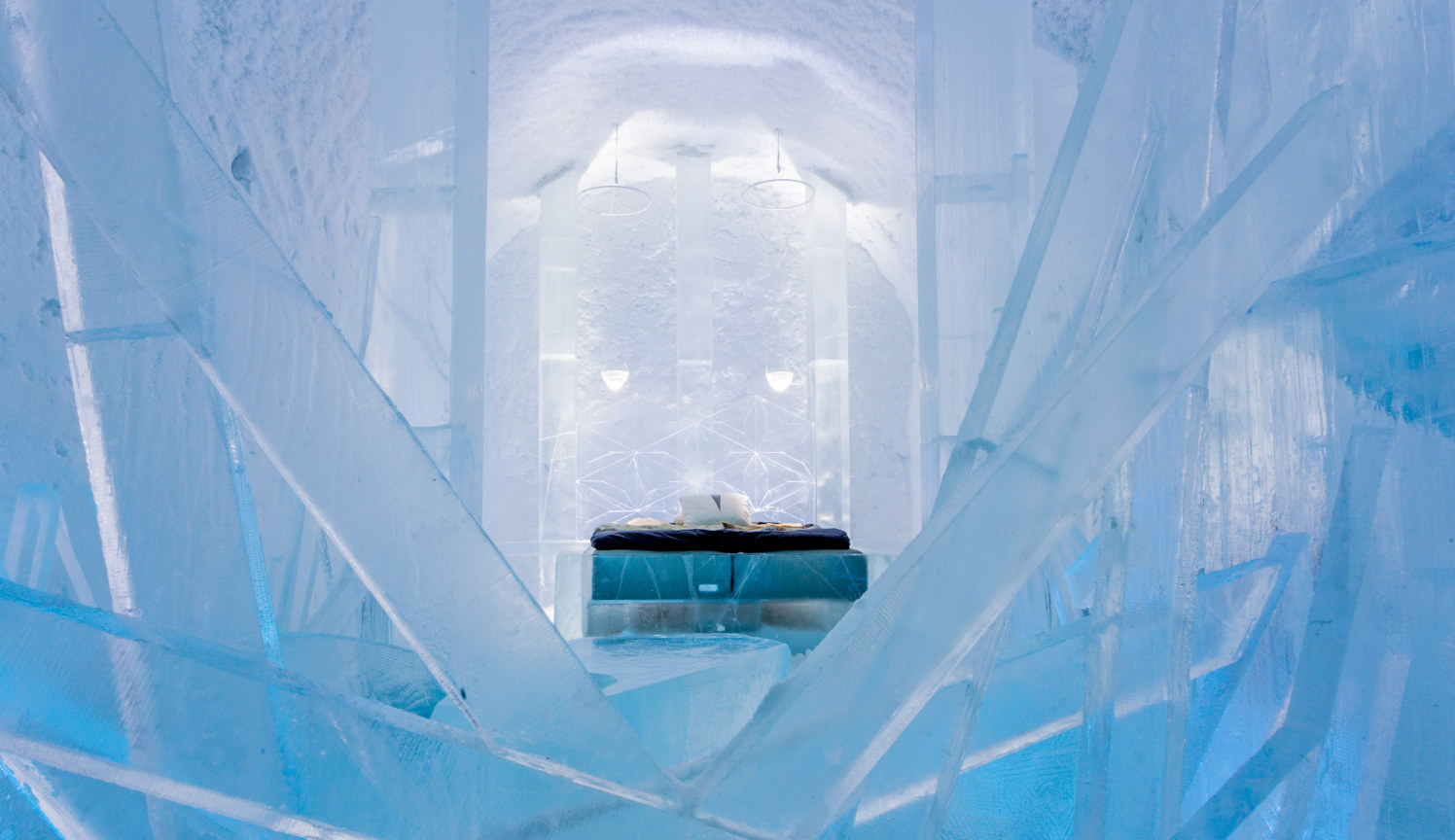 Icehotel_11_365_suite