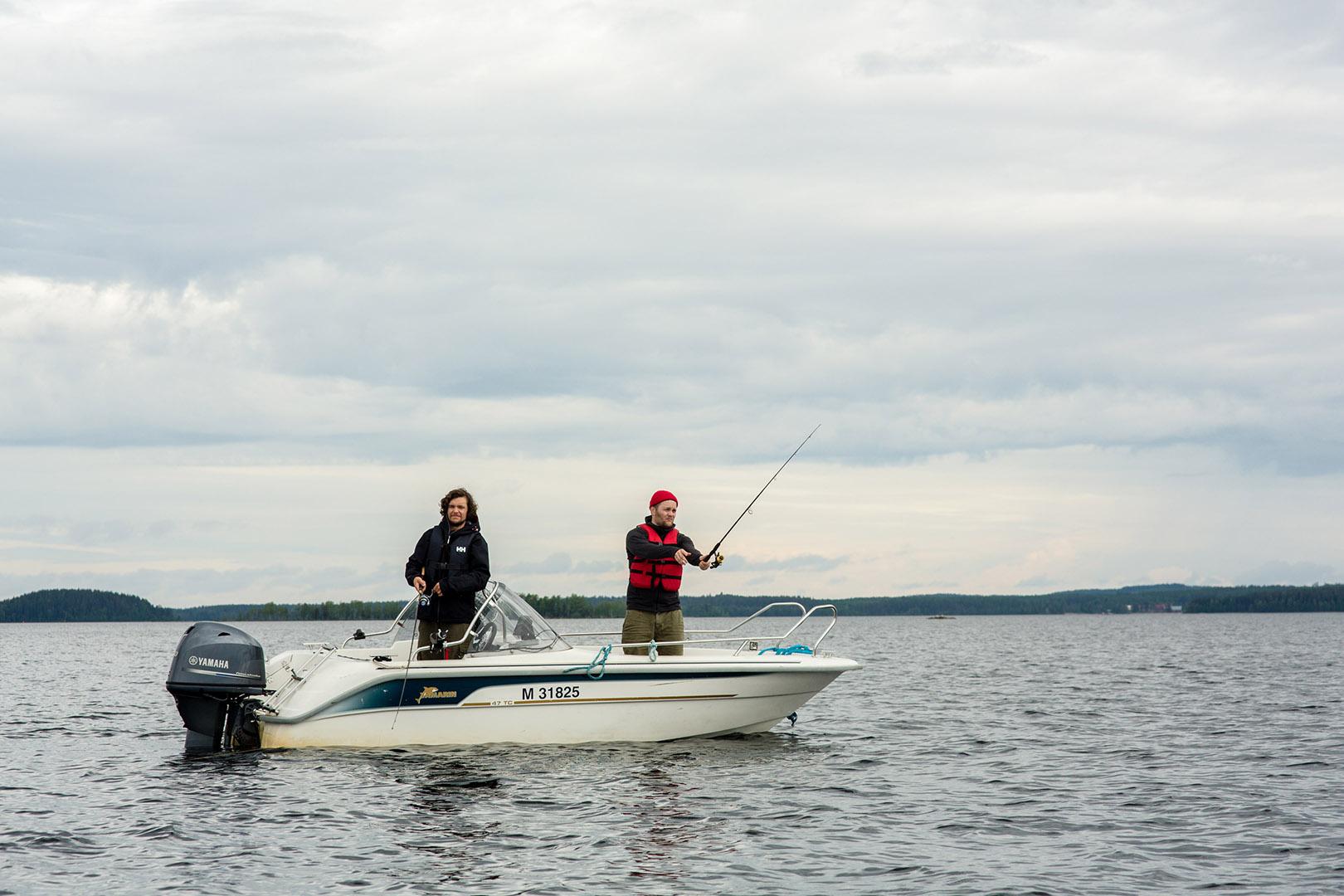 3_Naaranlahti_10_fishing_Kimmo Ervola