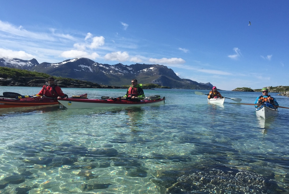 Visit Karlsøy_7_kayaking_Elements Arctic Camp