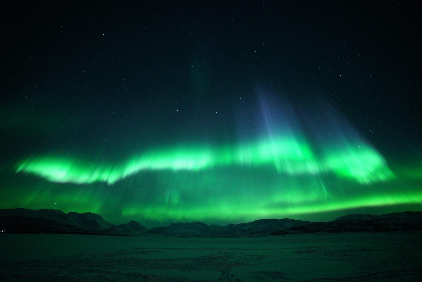 Visit Karlsoy_1_northern lights_Amazing Aurora