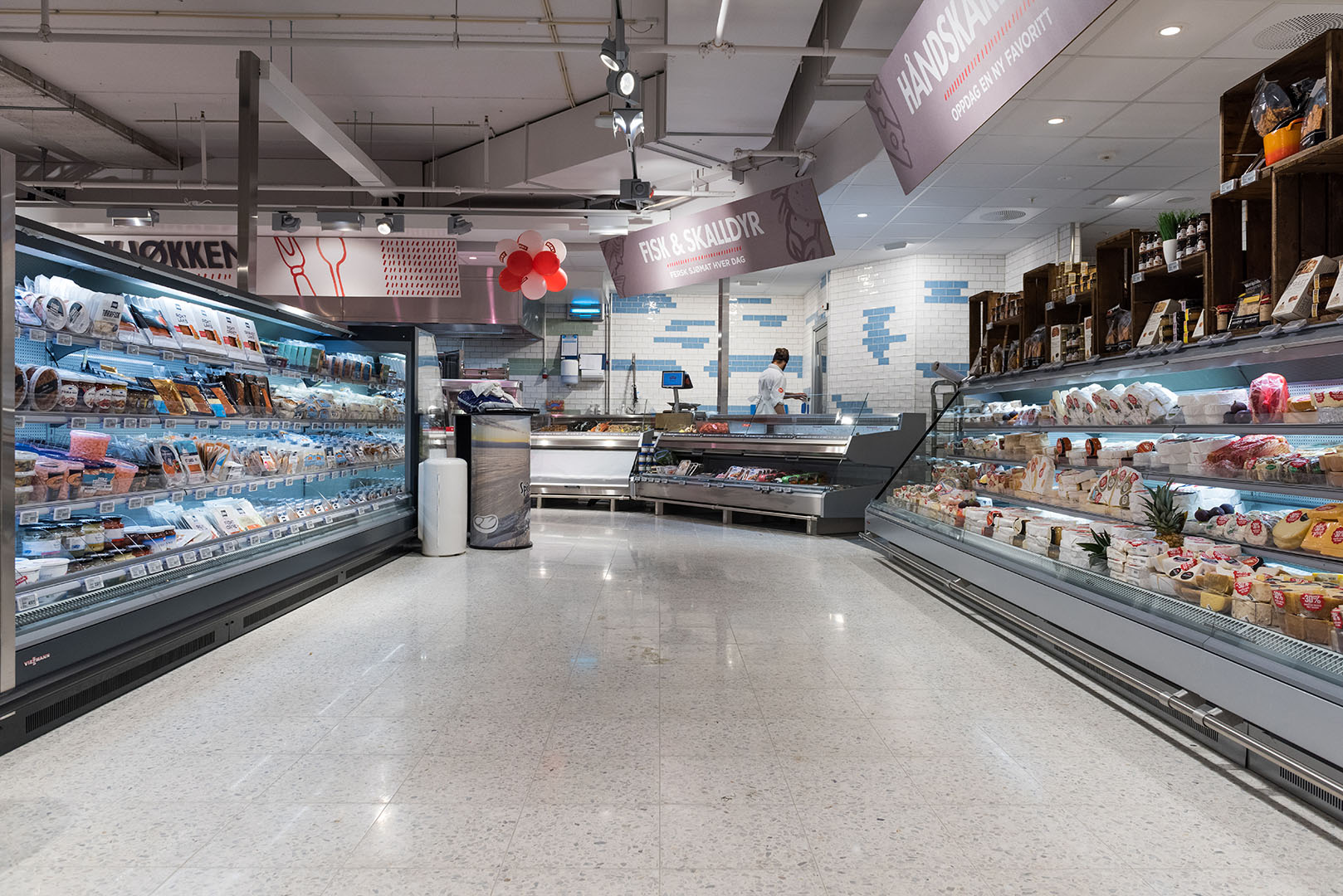 Meny Torvet is one of the finest grocery shops in Norway.