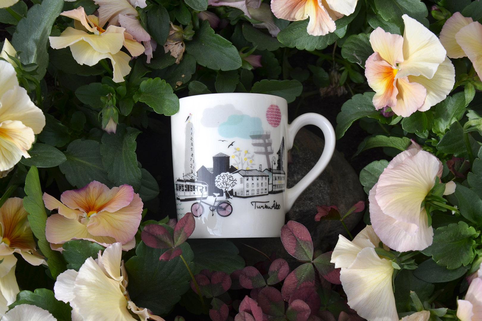 KUI Design Turku mug