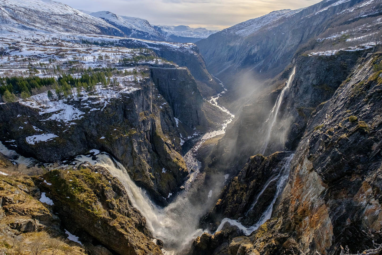 Fossli Hotel, Vøringsfossen, Enjoy an exciting stay near Europe's tallest waterfall, Photo by Erik Garen