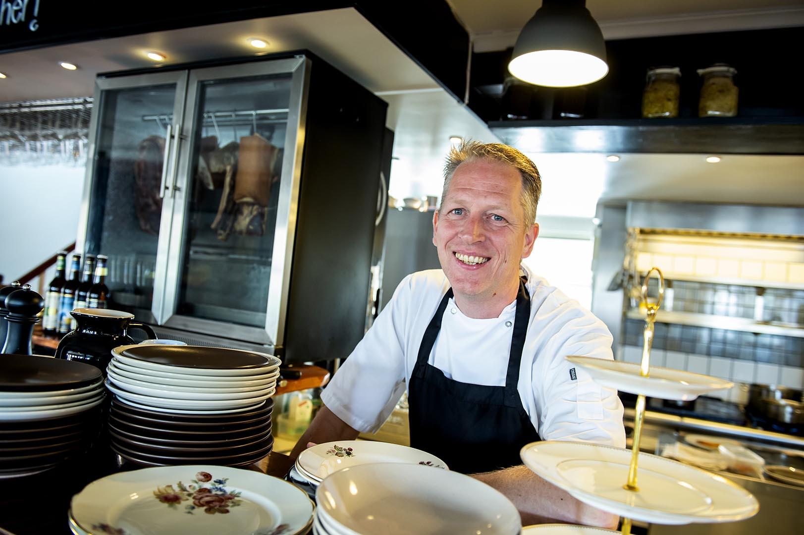 Tonny Kristensen. Restaurant Essens, Feel-good food in cosy surroundings, Scan Magazine