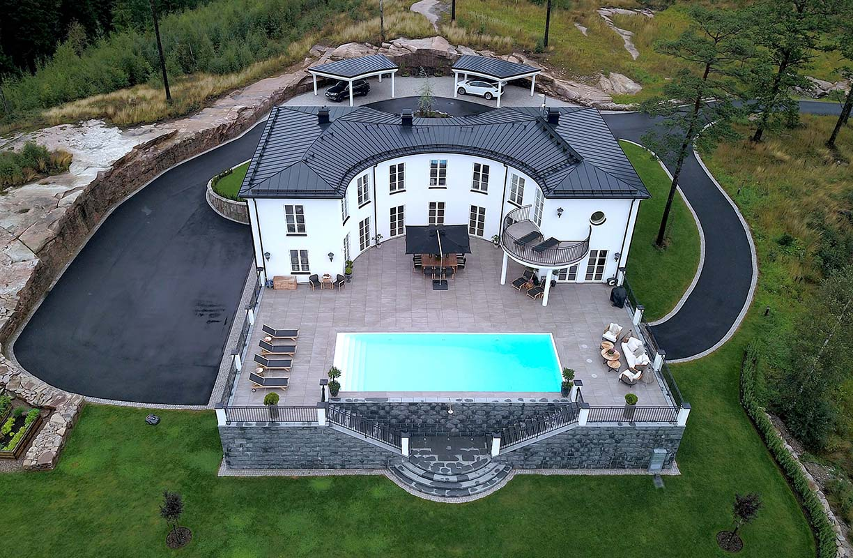 Villa Victoria, Limited edition, roughly 700 square metres, Sweden. Photo: Emil Jönsson, Ross Architecture & Design: Built to last, Scan Magazine